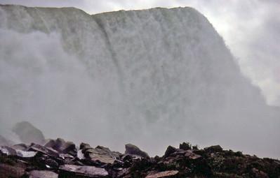 08 Niagra Falls - Montreal