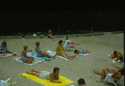 Lois Healy, Dottie Dawson, Corky Weiss ( in center), Irma Jury (foreground), enjoying the beach