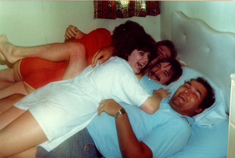 1982-08-22 Cabin2