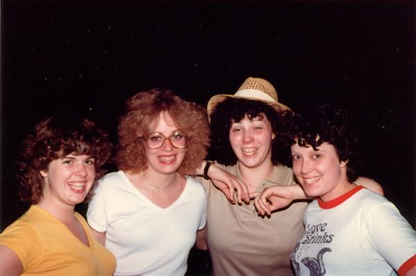 1982-07-05 ComoFriends1