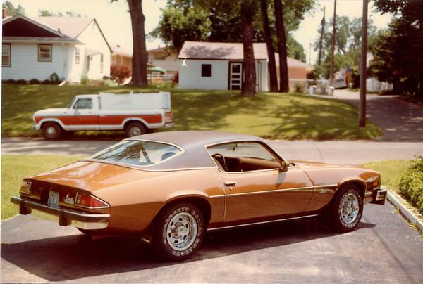 1983-07-00 74Camaro2