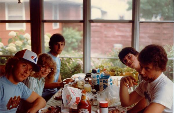 1983-07-04 GangAtPetes