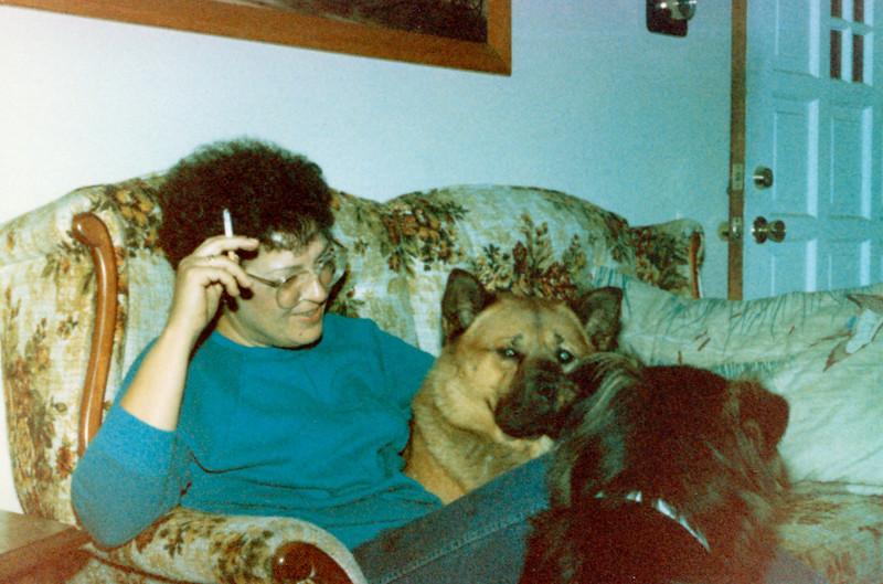 1986-09-00 MomAlex