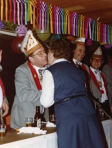 Het Geberste Kruukske met links Henk Roebers en in het midden Wim van Bebber