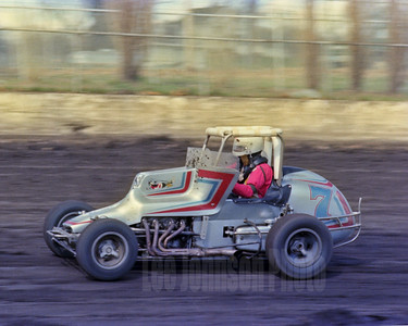 1982 TJ Giddings