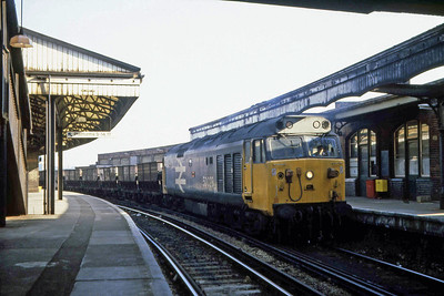 50023 'Howe' - which I'd already seen earlier that morning at Royal Oak - arrives at Clapham Junction with a freight working presumably off the Western Region (22/02/1983)