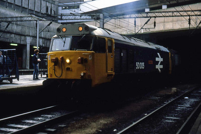 50005 'Collingwood' awaits departure from Birmingham New Street with 1V88 1120 Liverpool Lime Street - Paddington (10/01/1983)