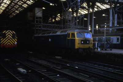 47580 'County of Essex' awaits departure from Liverpool Street with 1Pxx 15xx to Norwich (22/02/1983)