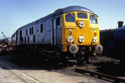 24081 at Steamport, Southport (27/07/1983)