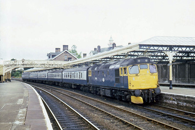 27108 calls at Dumfries with 1S37 1240 Carlisle - Newcastle (28/07/1983)