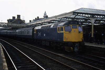 27023 calls at Dumfries with 1S37 1240 Carlisle - Glasgow Central (17/04/1984)