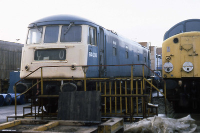 84008 awaits its fate at Crewe Works (05/01/1984)