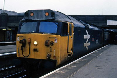 50005 'Collingwood' calls at Southampton with the diverted 1V07 0638 Waterloo - Exeter St Davids (09/03/1985)