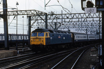 47508 'Great Britain' arrives at Manchester Piccadilly with 1Hxx 1050 from Birmingham new Street (21/4/1985)