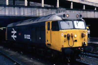 50022 'Anson' takes a rest at Birmingham New Street after arriving with 1M83 1024 Penzance - LIverpool (09/03/1985)