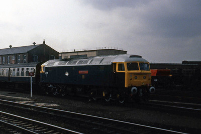 47579 'James Nightall GC' is seen in the West Yard at Doncaster whilst detaching a defective coach from the consist of 1S92 0908 KIngs Cross - Dundee (05/04/1985)