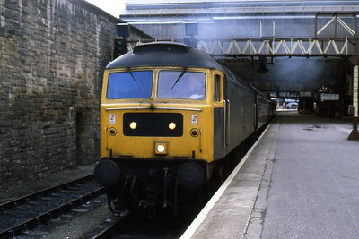 An hour or so later 47117 is pictured again as it storms away from Perth with 1H09 (17/08/1985)