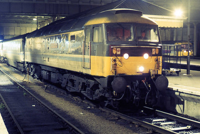 47710 'Sir Walter Scott' awaits departure from Edinburgh Waverley with 1O76 2300 to Glasgow Queen Street (19/08/1985)