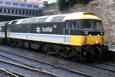 A week or so prior to being named 'Haymarket' at its home Depot's Open Day, 47715 is pictured at Glasgow Queen Street with 1O13 0930 to Edinburgh (14/08/1985)