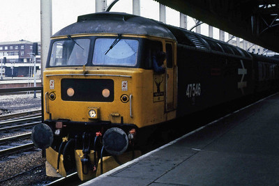 47546 'Aviemore Centre' awaits departure from Manchester Victoria with 1M67 0955 Scarborough - Liverpool (19/10/1985)