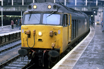 50036 'Victorious' awaits departure from Birmingham New Street having taken over 1Vxx 0930 Liverpool - Penzance for the journey west (01/02/1986)