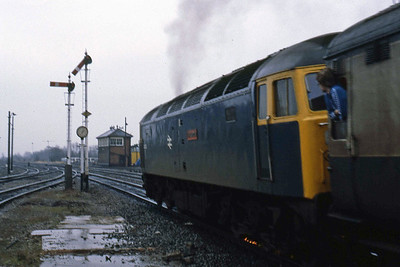 Sparks fly from the wheels as 47403 'The Geordie' re-starts from Banbury with 1O19 0800 Newcastle - Poole (01/02/1986)