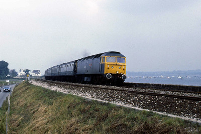 47508 'SS Great Britain' approaches Cockwood Harbour with 1V98 0850 Derby - Paignton relief (11/08/1986)
