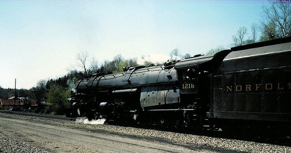 Norfolk & Western 1218 steam locomotive
