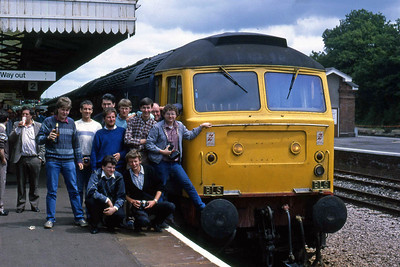 Some well-known faces pose alongside 47901 at Yeovil Junction (07/06/1987)