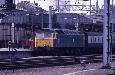 47533 departs Crewe with the 1412 Manchester-Cardiff (16/05/1987)
