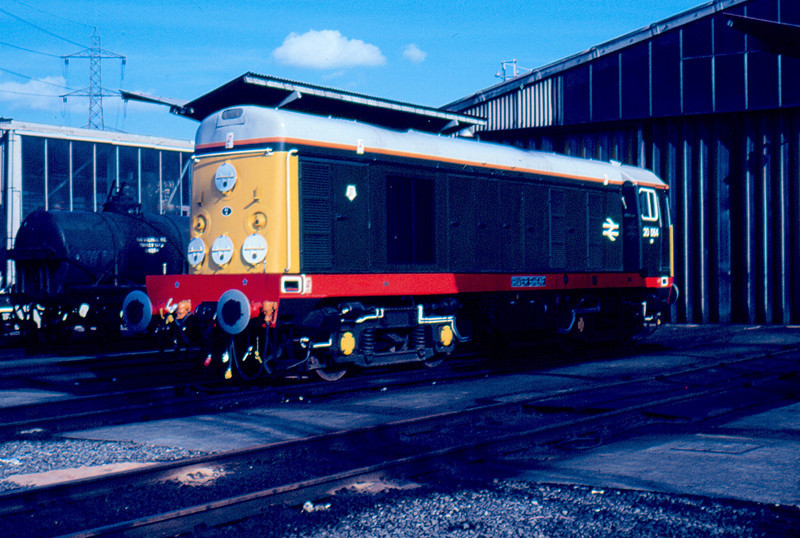 Newly repainted 20064 stands on Tinsley Depot 12/04/87