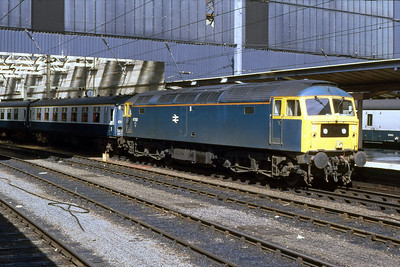 47352 waits to depart from Carlisle with the SuO 1E13 1700 to Leeds (14/08/1988)