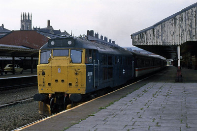 31118 departs Bolton with 1Mxx 1314  Edinburgh - Manchester Victoria (17/08/1988)
