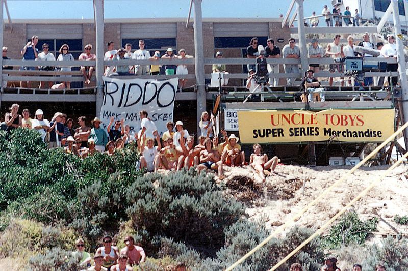 1990-01 21st UT - Craig Riddington Cheer Squad