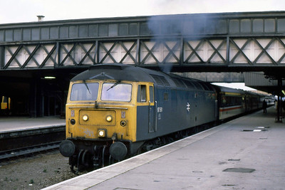 Another view of 97561 as it departs Leicester with 1C72 1530 Derby-St Pancras (27/01/1989)