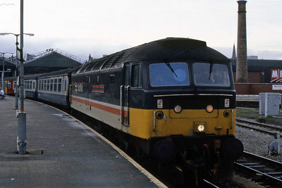 47469 'Glasgow Chamber of Commerce' awaits departure form Inverness with 1B34 1415 to Edinburgh (06/01/1989)