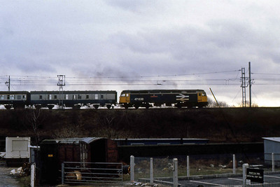 47638 'County of Kent' heads north from Wigan North Western with the SuO 1344 Birmingham-Glasgow (05/02/1989)