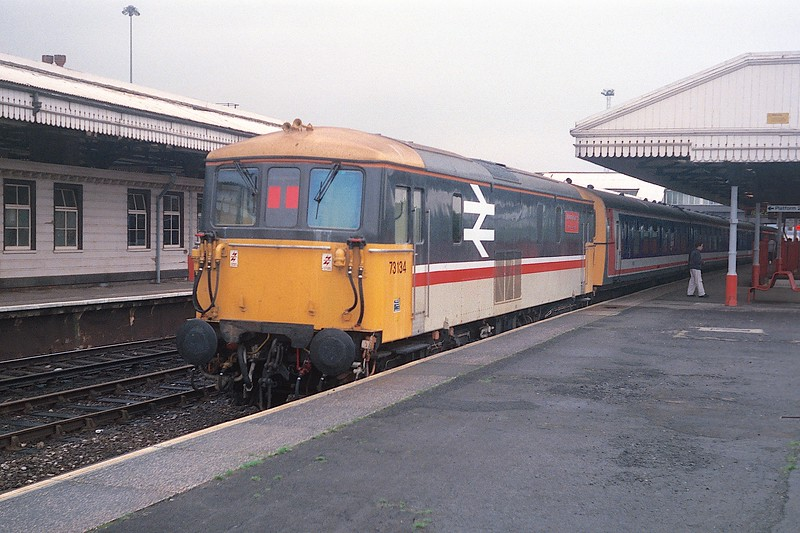 73134 CLJ 26/10/89