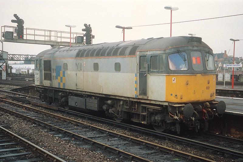 33021 CLJ 26/10/89