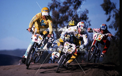 FreeAgent's Bryan Ruest (NorCal) and Supercross' Ray Luscombe (Colorado), with Hutch's Shan Hatfield (Georgia) in hot pursuit. Cover shot from the American BMXer.