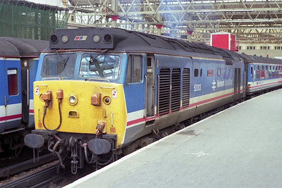 50003 'Temeraire' heads the 1L13 1410 to Salisbury at London Waterloo (12/05/1990)