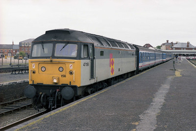47156 awaits departure from Skegness with the return 1E55 1038 to Sheffield via Nottingham (19/05/1990)