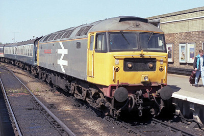 47366 is pictured again on arrival at Great Yarmouth after working 1L82 forward from Norwich (26/05/1990)