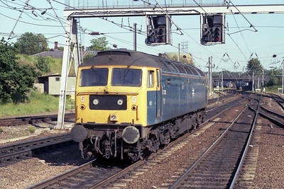 47123 'Jay' backs onto the return 1M08 1607 Yarmouth-Liverpool at Norwich later that afternoon (26/05/1990)