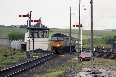 47630 approaches Keith with the 1805 Aberdeen-Inverness (12/07/1990)