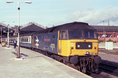 47578 'University of Edinburgh' waits to leave Inverness with the late-running 1A46 0815 to Aberdeen (13/07/1990)