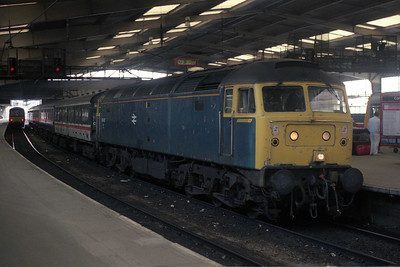 47417 awaits departure from Leeds with 2M13 0947 to Carlisle (10/09/1990)