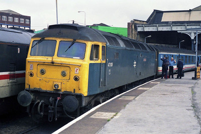 47108 'Golden Eagle' at Manchester Victoria with 2D76 1244 to Llandudno (01/09/1990)