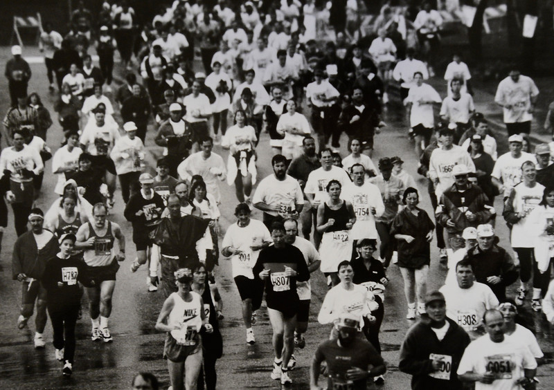Runners during the 1995 Bolder Boulder.