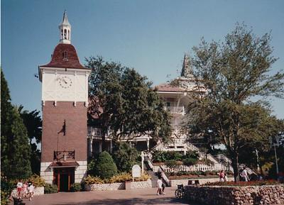 1991-12 Busch Gardens | Henri + Sasha | Florida